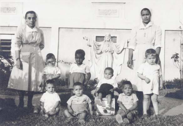 Foto 8 Ir Beatriz e Ir Elizete 1959 Primeiros Internos